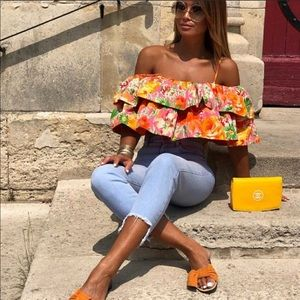 Zara Floral Off the shoulder blouse